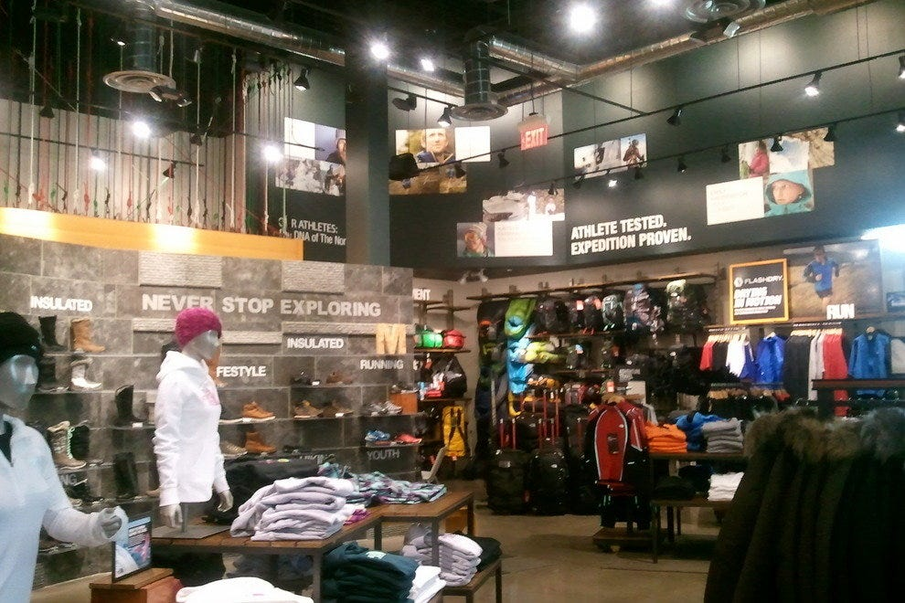 875d55e3a The North Face: Albuquerque Shopping Review - 10Best Experts and ...