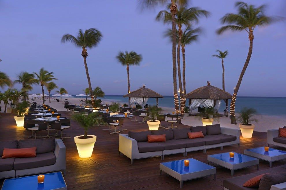 Bucuti tara beach resort adults only aruba hotels for Best boutique beach resorts
