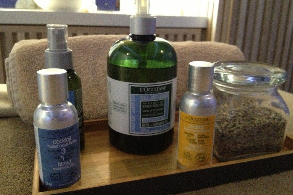 Products for the Relaxing Aromachologie massage