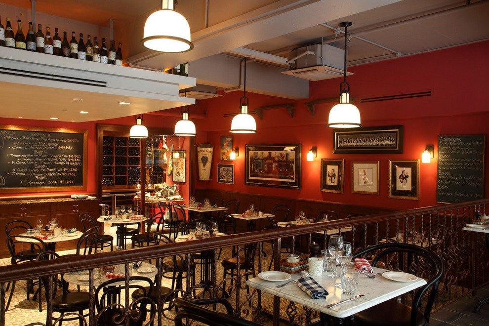 Bistro du vin singapore restaurants review 10best for Au jardin les amis singapore