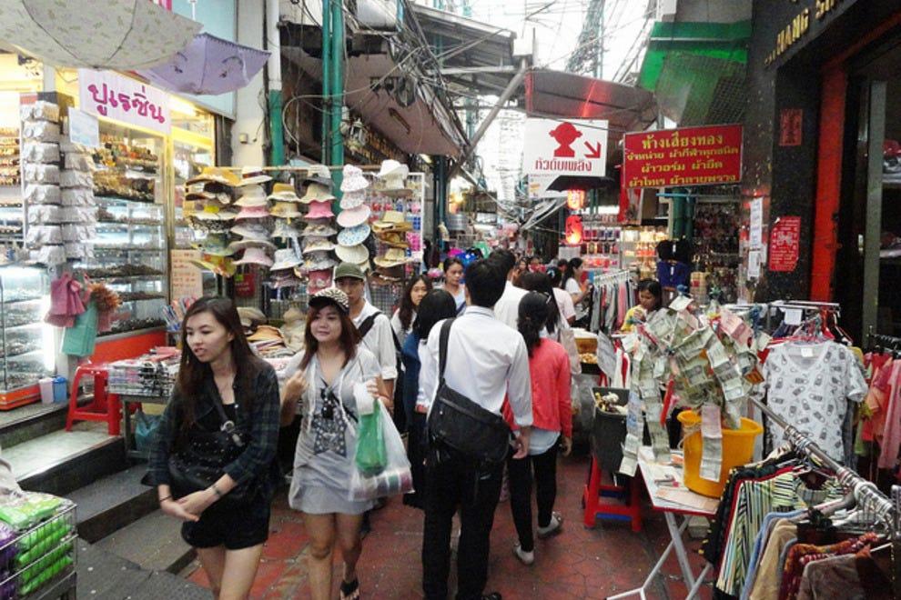 Sampeng Lane: Bangkok Shopping Review - 10Best Experts and ...