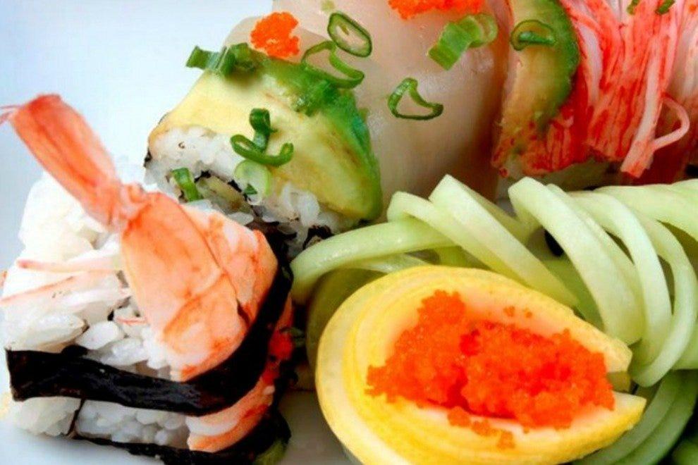 Blue fish sushi cabo san lucas restaurants review for Blue fish sushi
