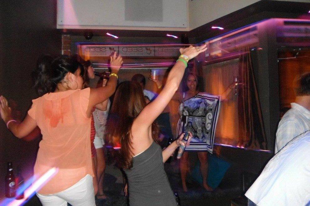 7:30 savannah swinger clubs love Kerra