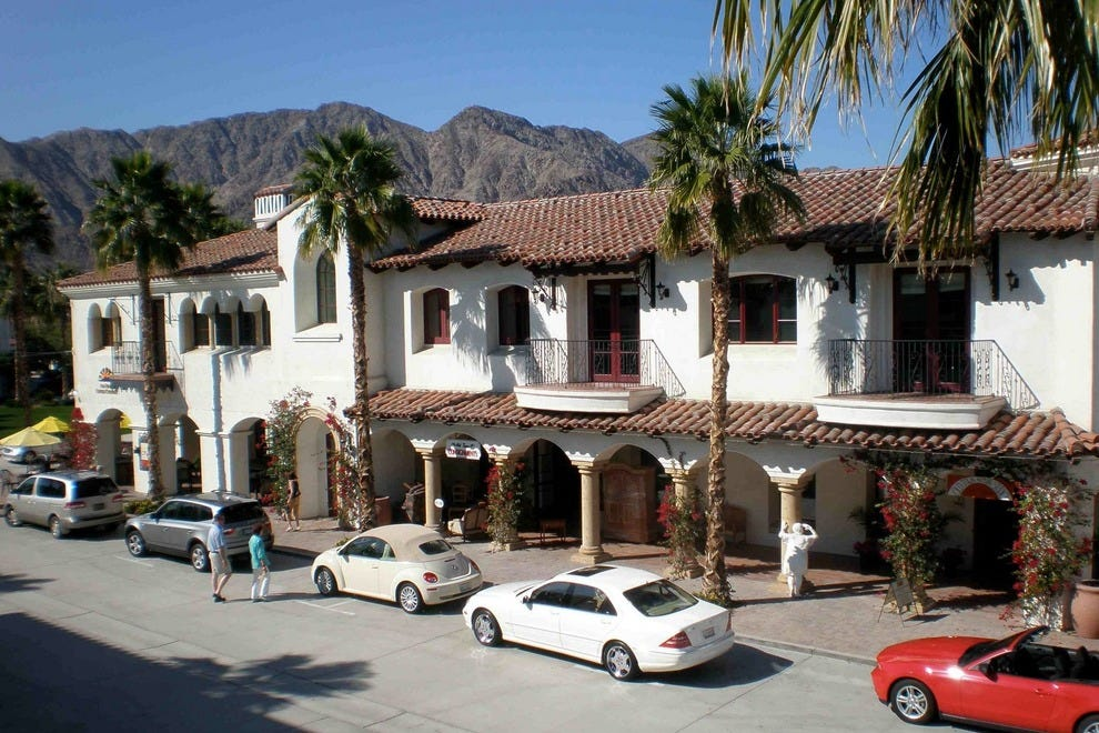 Old town la quinta palm springs shopping review 10best for Shopping in palm springs ca