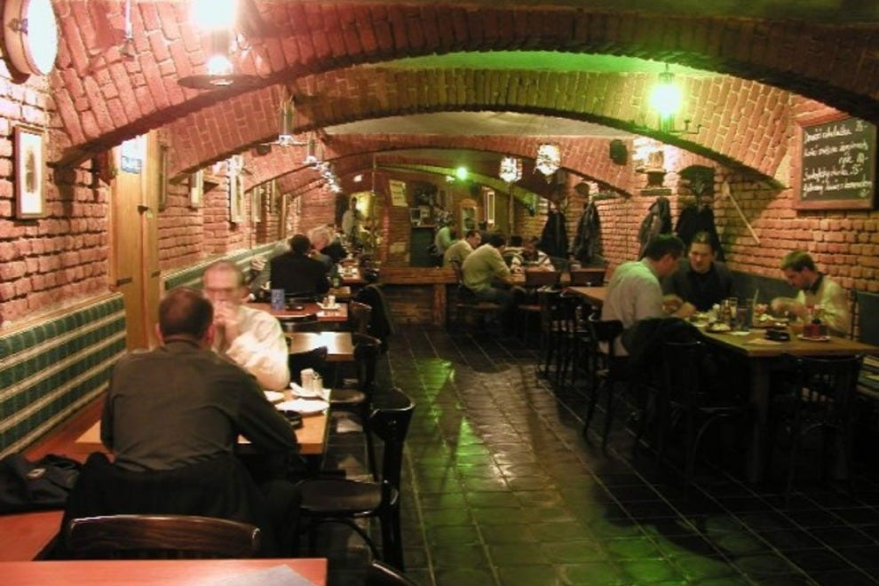 Josefov 39 s best restaurants restaurants in prague for 788 food bar argentina