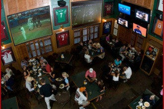 10 Great Sports Bars in Scottsdale to Watch the Big Game