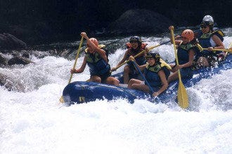 White Water Rafting on the Rio Pacuare with Exploradores