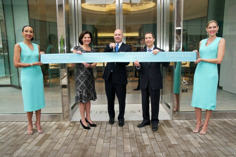 Ribbon cutting at the new Tiffany & Co.