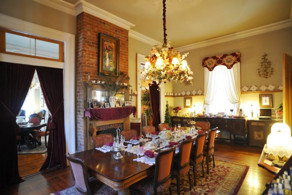 100 five continents bed and breakfast new orleans la