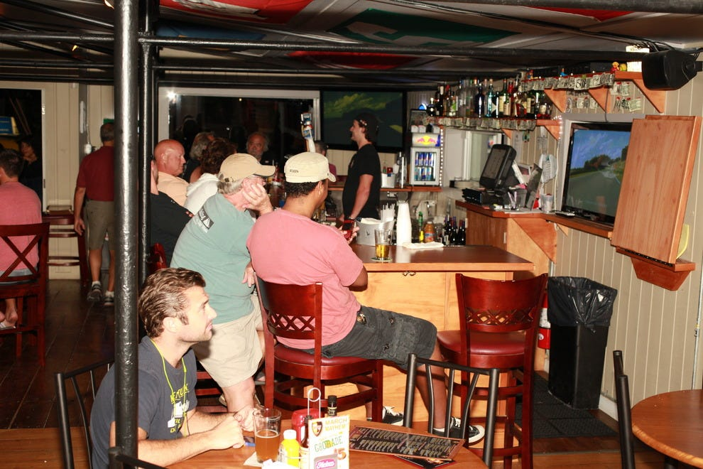 Top 10 bars in key west 28 images top 10 bars in key for Gnn bathroom fans