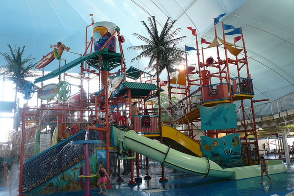 Niagara S Fallsview Indoor Water Park Provides All Weather Fun