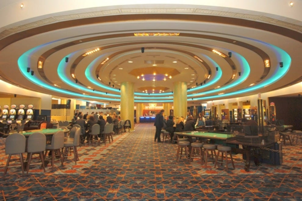 Loutraki club hotel casino