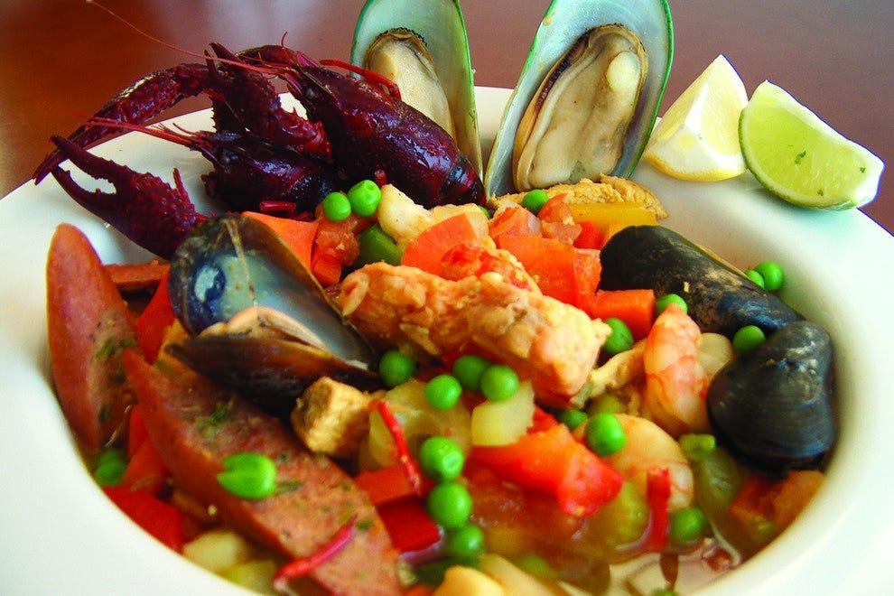 Azuca nuevo latino restaurant bar san antonio for Antonio s italian cuisine