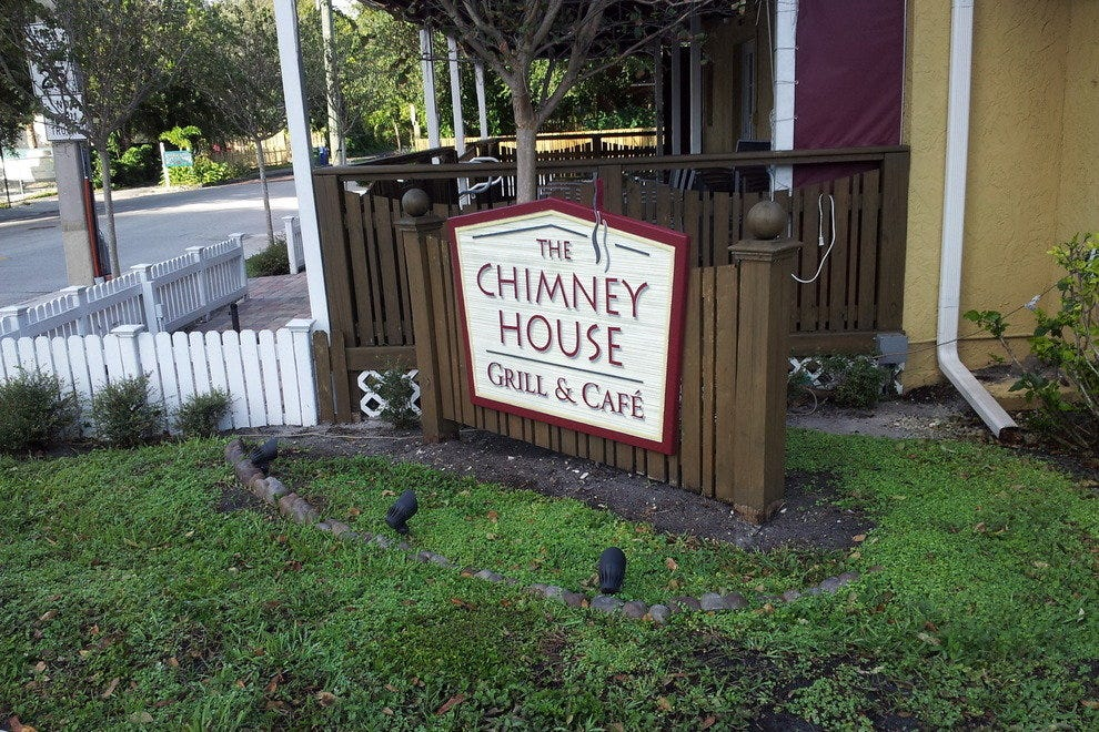 The Chimney House - Grill & Cafe