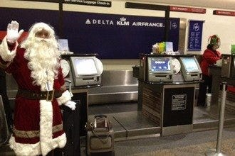 GSP Airport Gets into the Christmas Spirit