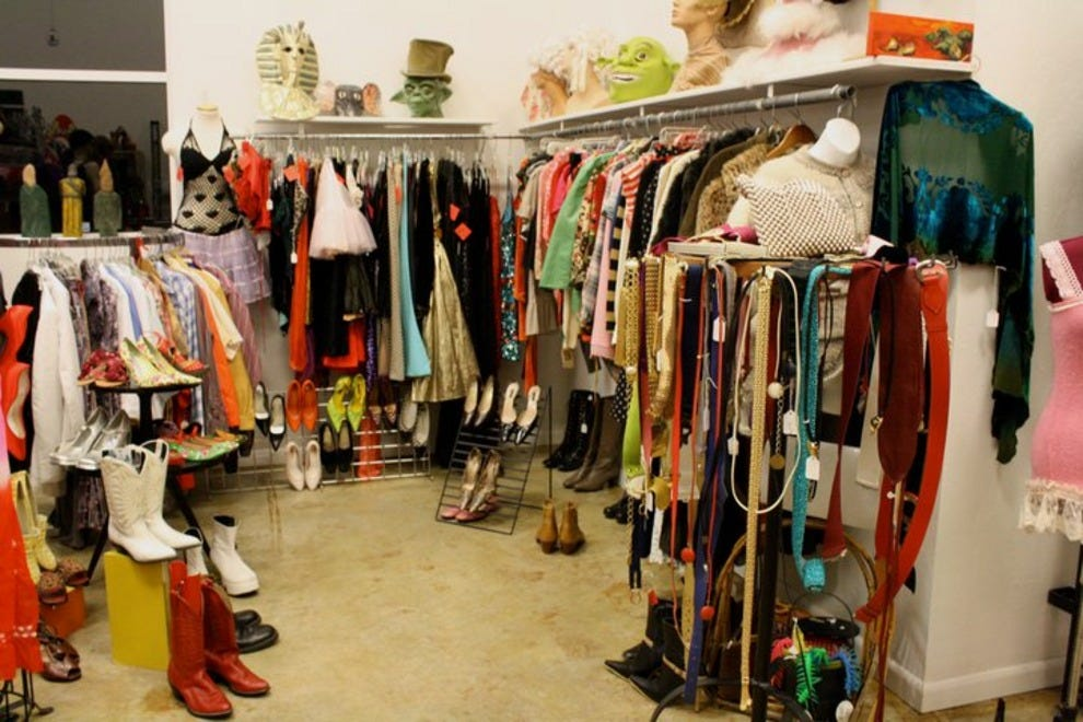 Women clothing stores. Vintage clothing stores near me