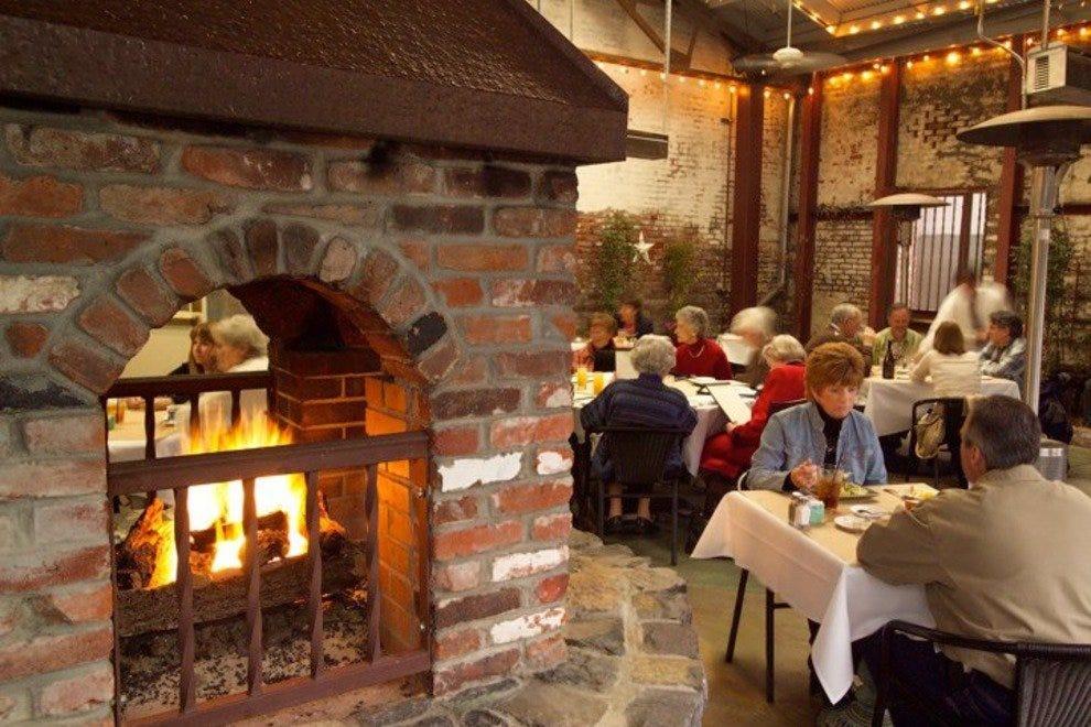 Best napa valley restaurants top 10best restaurant reviews for The farm restaurant napa