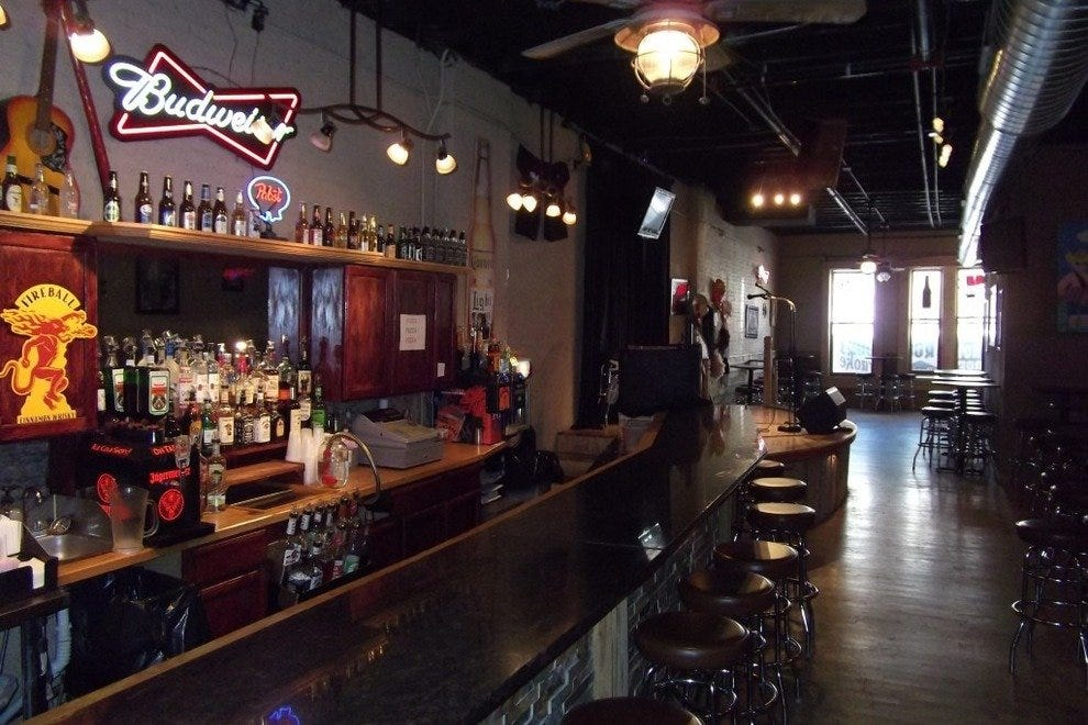 Troubadour\'s: Nashville Nightlife Review - 10Best Experts and ...