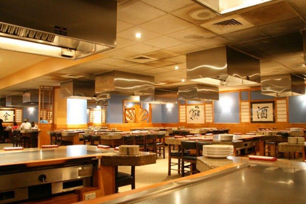 toyo grillades a la japonaise montr al restaurants review. Black Bedroom Furniture Sets. Home Design Ideas