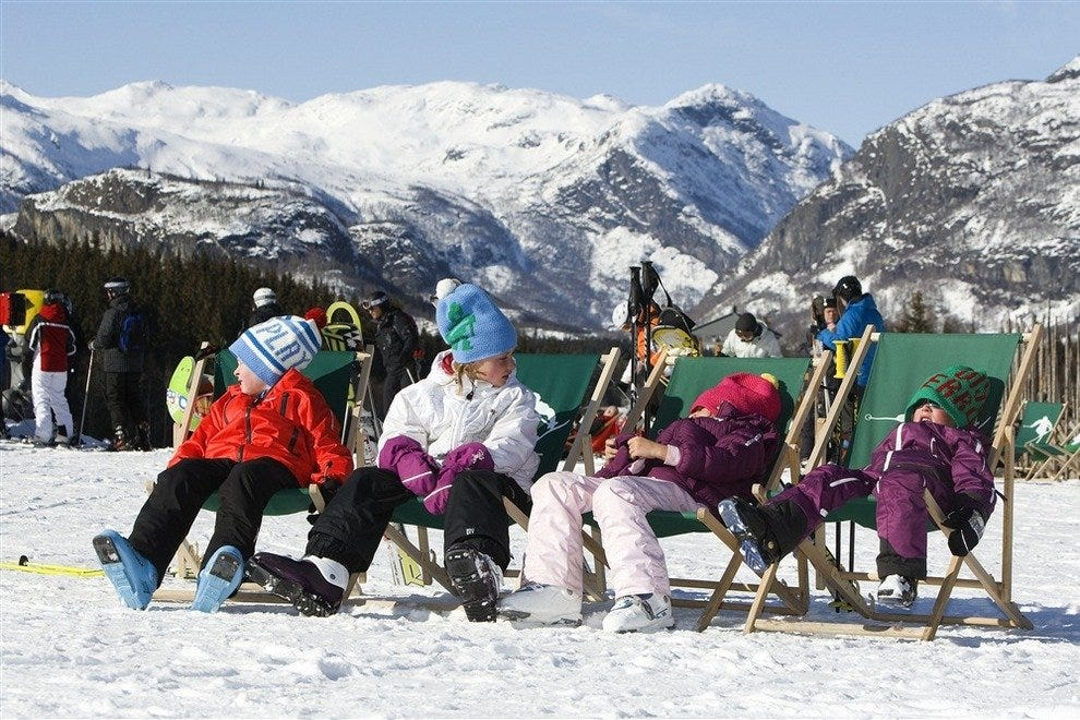 Kids relaxing in Hemsedal