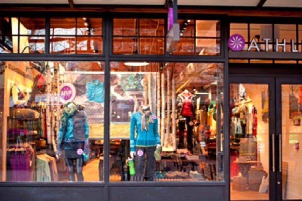 Barnes clothing store