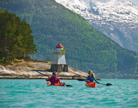 10 Best Places to Paddle: Kayak Travel Adventures