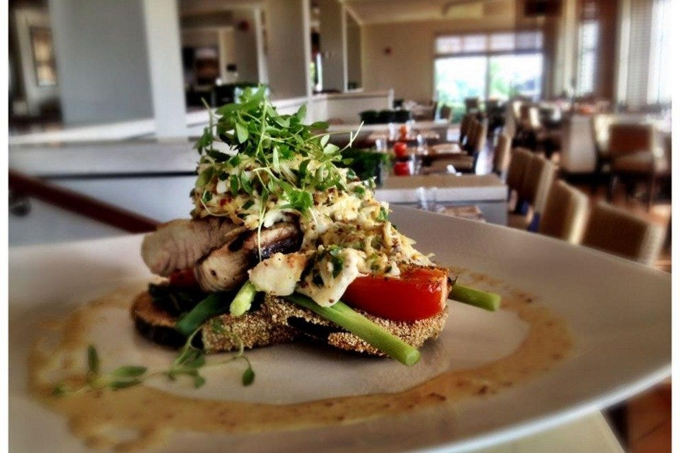 Tampa seafood restaurants 10best restaurant reviews for Prime fish brunch