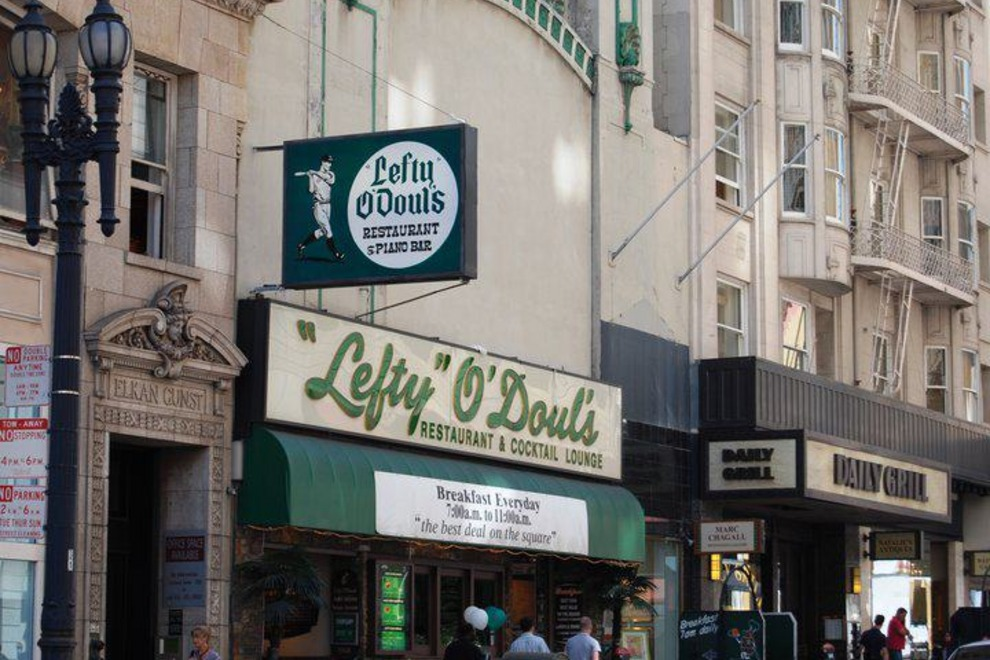 Lefty O'Doul's Restaurant & Cocktail Lounge