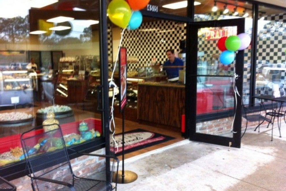 River Street Sweets recently celebrated the grand opening of its Habersham Village store