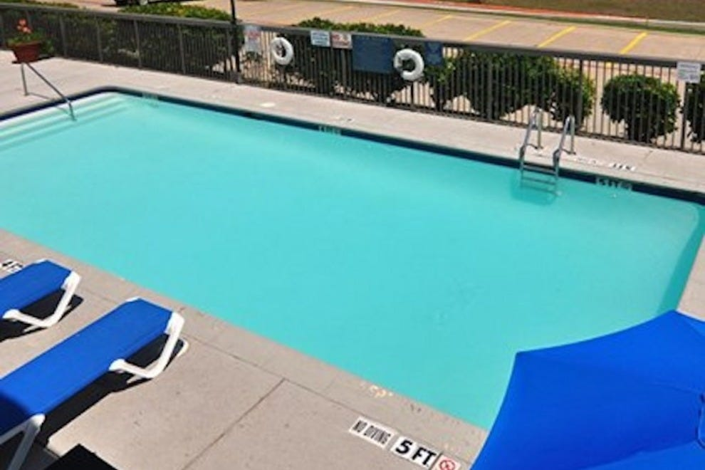 Quality Inn & Suites East Fort Worth