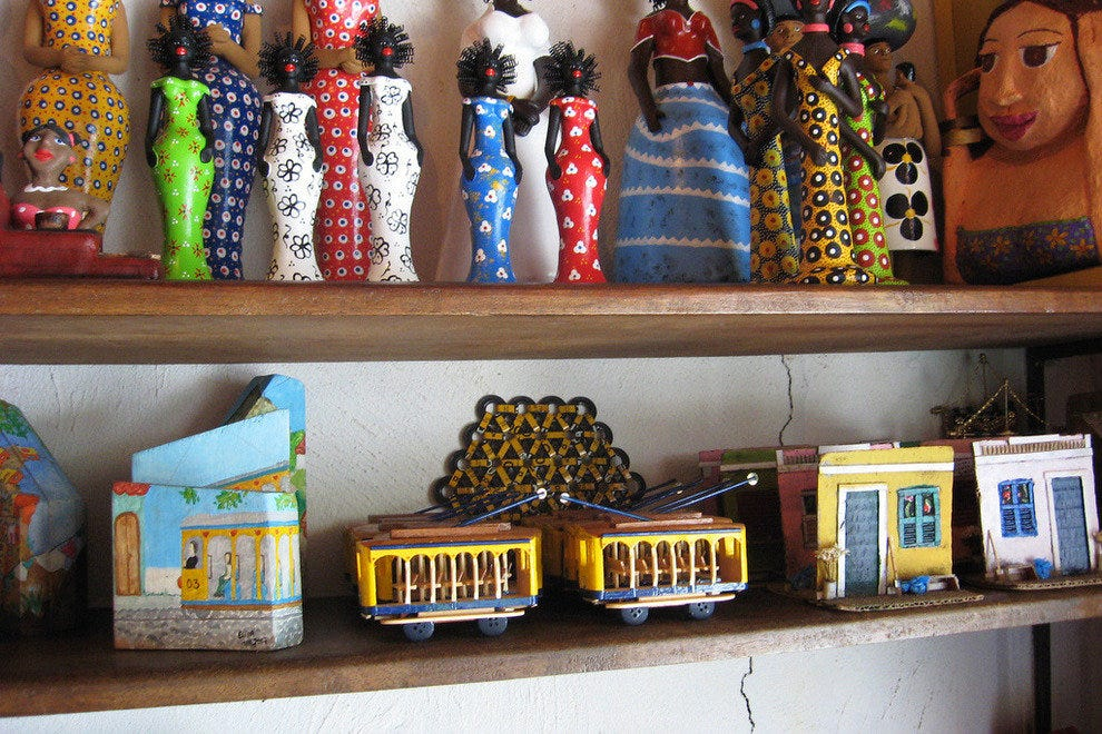 Santa Teresa is full of colorful arts, crafts and clothing stores