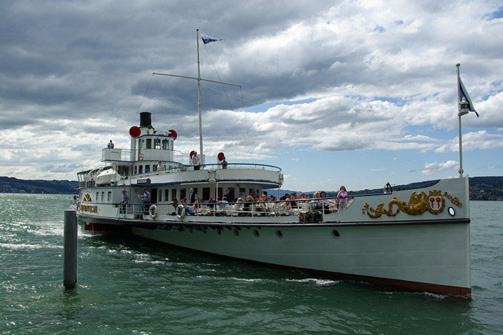 Historical paddle steamers on Lake Zurich