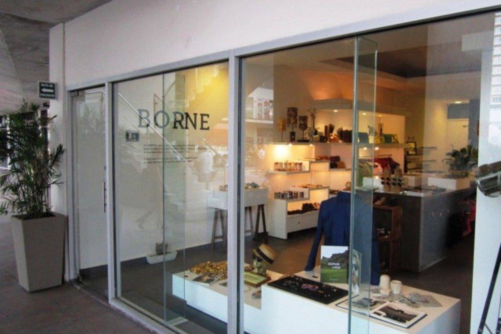 El Borne is located in Plaza Solare