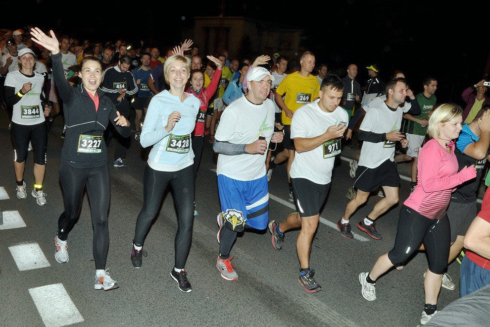 Night running is an alternative to clubbing in the UK