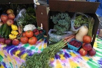 Certified Farmers' Market Offers Indoor Shopping in Palm Springs