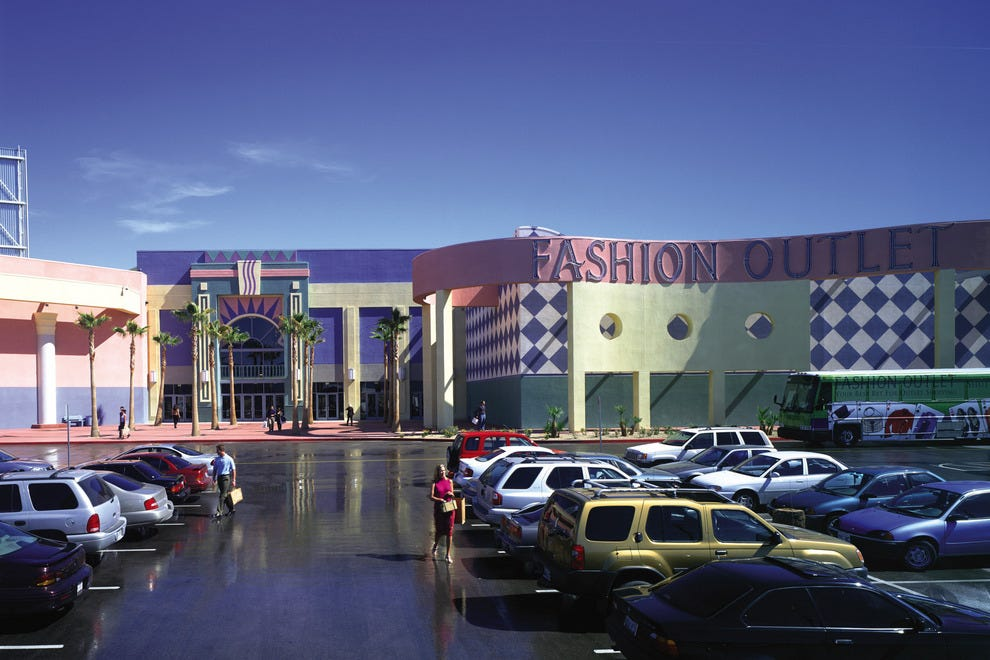Fashion outlets of las vegas las vegas shopping review for Fashion outlet