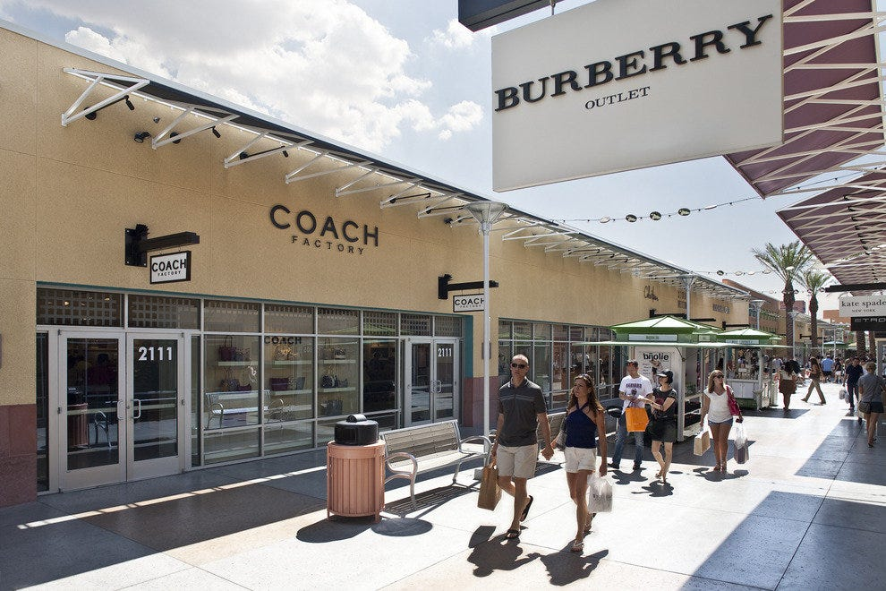 burberry store outlet wrzf  Las Vegas North Premium Outlets
