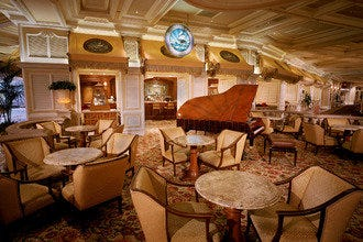 Start Your Evening at One of Las Vegas'10 Best Hotel Bars