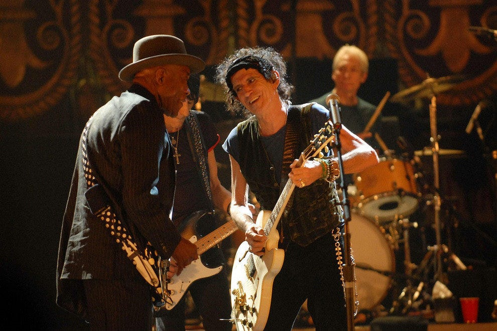 Kieth Richards and Buddy Guy on stage