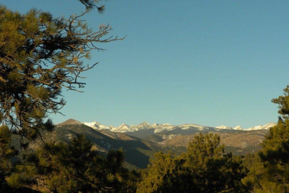 高高洛基山