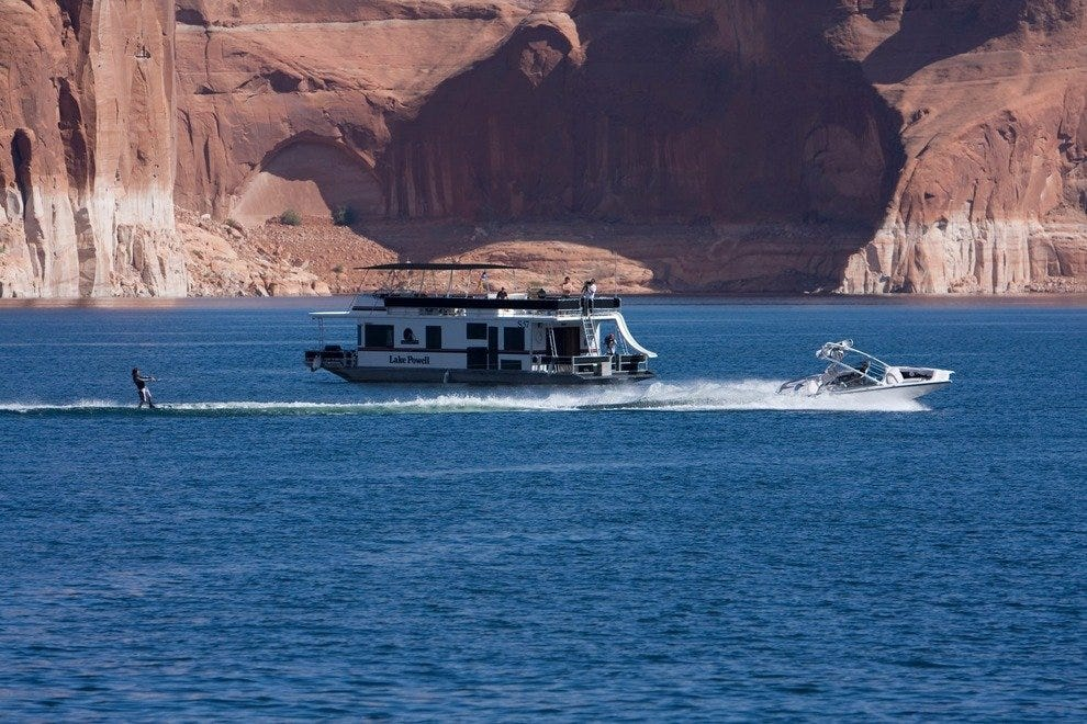 Boating Lake Powell