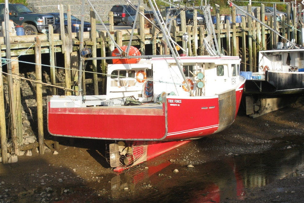 Low tide at Hall's Harbour, Nova Scotia