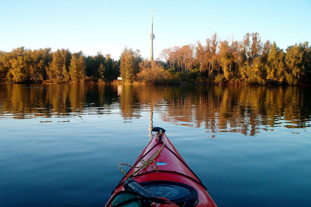 Explore Toronto Island together by kayak
