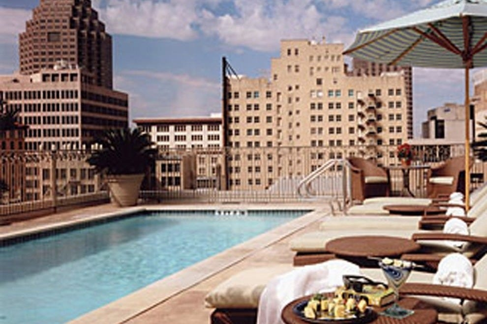 San antonio hotels and lodging san antonio tx hotel for Top spa resorts in texas