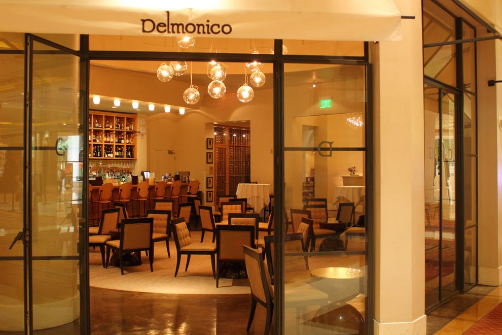 Delmonico-Cocktail-Bar_54_990x660_201404241734.JPG (990×660)