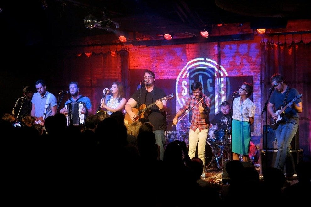 Restaurants in chicago with live music - North memorial