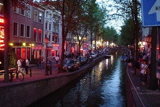 10 Best Attractions to Discover the Essence of Amsterdam
