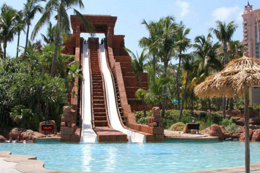 Leap of Faith slide at Aquaventure Water Park