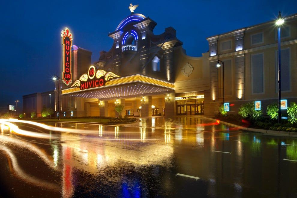destinations illinois chicago attractions rosemonts best