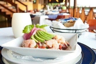 Find the Freshest Lobster, Fish and Shrimp in Cancun's Best Seafood Restaurants